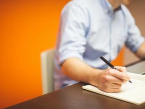 Embauchez un comptable pour les plans d'action